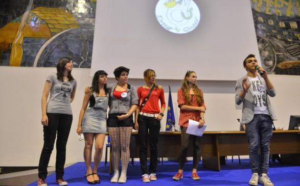 Gli studenti romani volano a Bruxelles contro l'omofobia