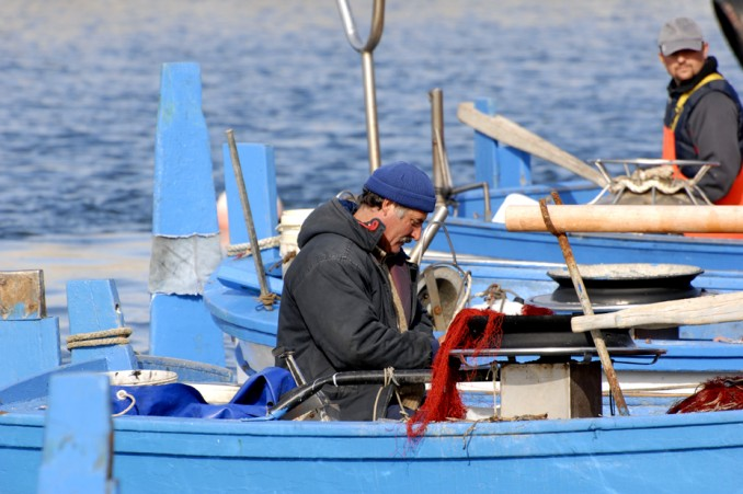 Pescatori con le loro barche