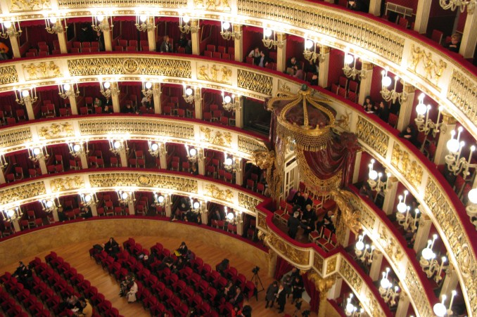 teatro opera foto
